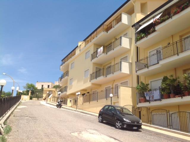 Appartamento in vendita a Agrigento, 4 locali, zona Località: QUADRIVIO SPINASANTA, prezzo € 150.000 | CambioCasa.it