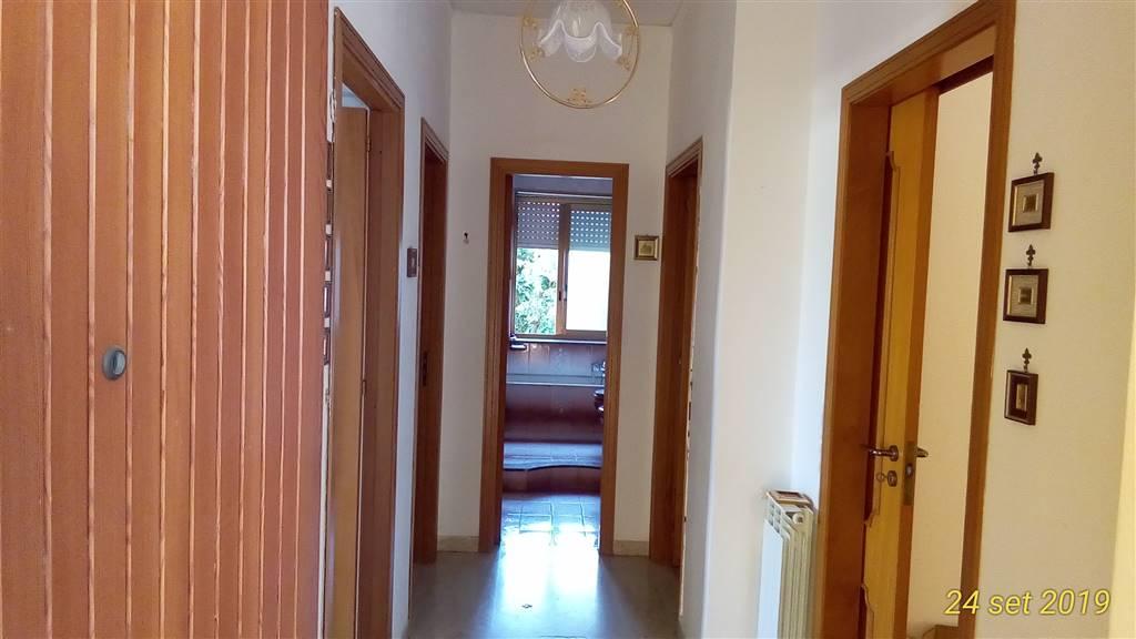 Appartamento in vendita a Agrigento, 5 locali, zona aggio Peruzzo, prezzo € 90.000 | PortaleAgenzieImmobiliari.it