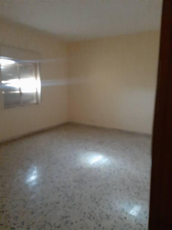 Appartamento in vendita a Agrigento, 4 locali, zona Zona: Centro storico, prezzo € 53.000 | CambioCasa.it