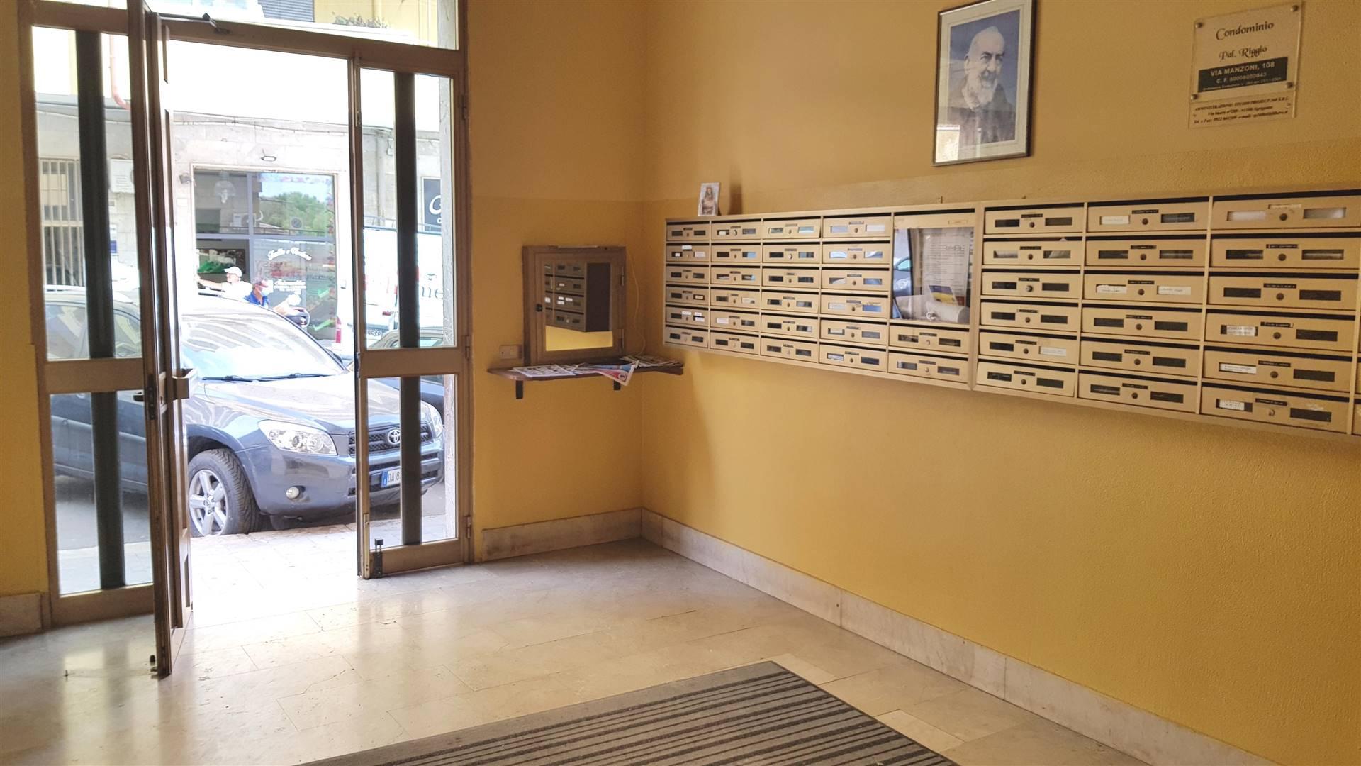 Appartamento in vendita a Agrigento, 5 locali, zona Località: CAMPO, prezzo € 75.000 | CambioCasa.it
