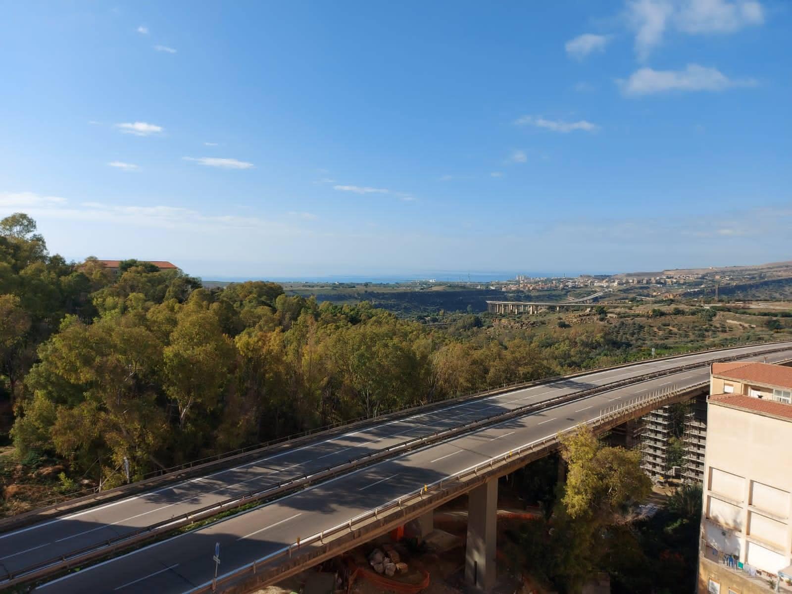 Appartamento in vendita a Agrigento, 3 locali, zona Località: CAMPO, prezzo € 75.000 | CambioCasa.it