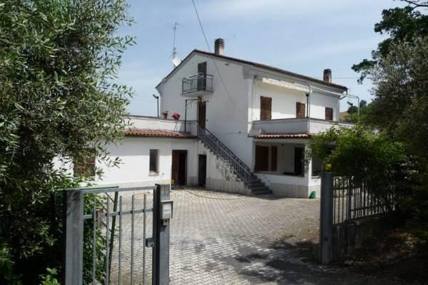 Casa singola, Tolentino, abitabile