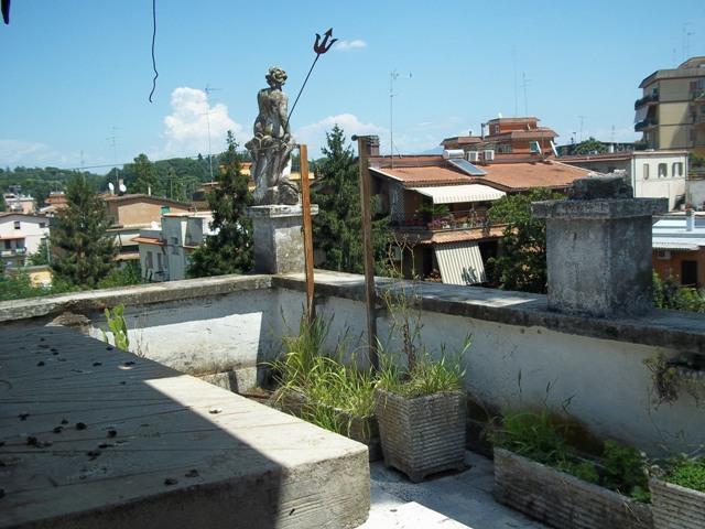 Trilocale in Via Dalmine 80, Saxarubra, Labaro, Prima Porta, Roma