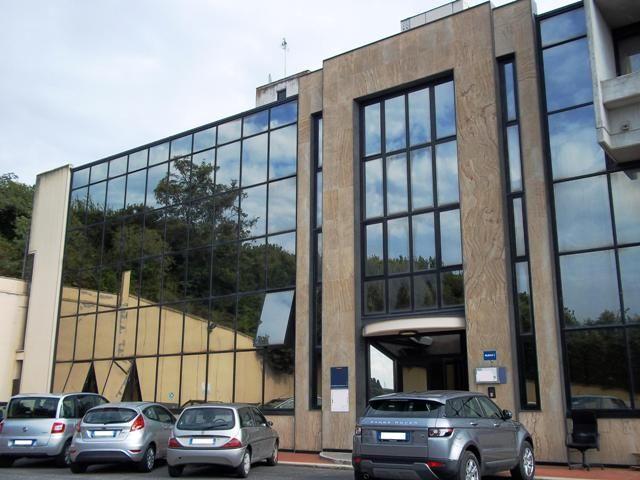 Affitto ufficio anguillara sabazia uffici anguillara for Affitto uffici arredati roma