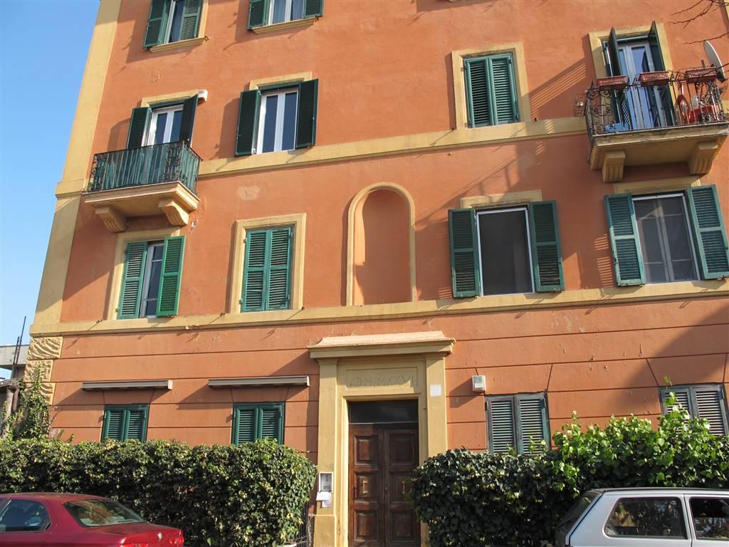 Quadrilocale in Via Morlupo 9, Flaminio, Fleming, Vigna Clara, Camilluccia, Roma