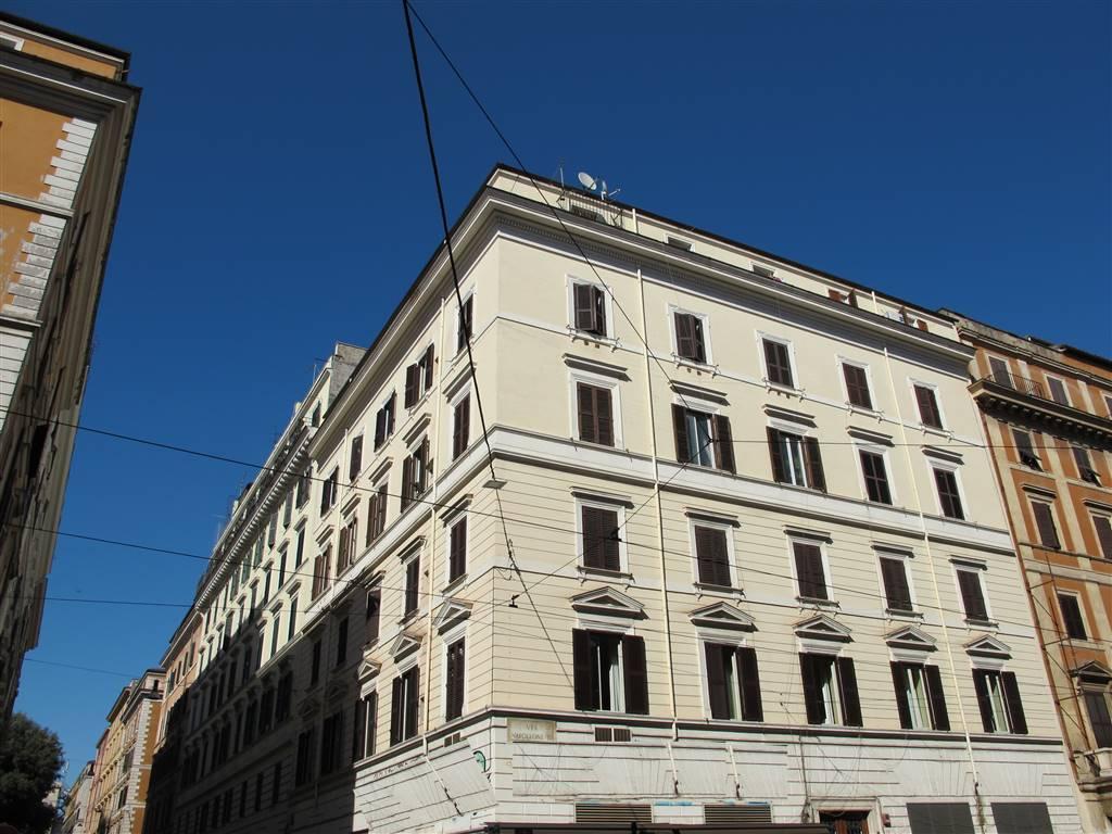 Appartamento in Via Napoleone Iii  58, S.giovanni, Esquilino, San Lorenzo,, Roma
