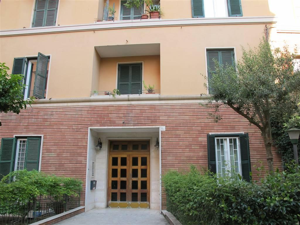 Bilocale in Via Elea  6, Roma