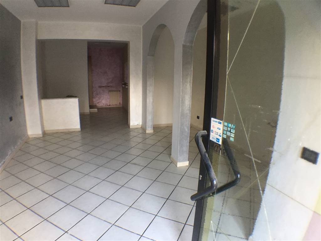 PONTE A SIGNA, LASTRA A SIGNA, Shop for rent of 50 Sq. mt., Good condition, Heating Individual heating system, Energetic class: G, Epi: 67,9 kwh/m3