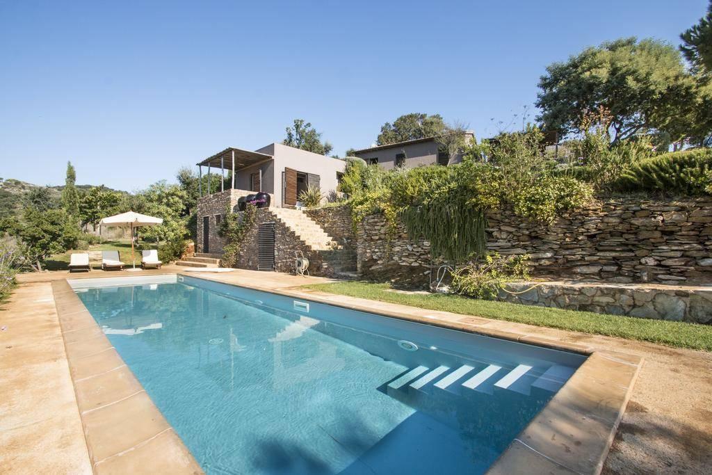Villa in affitto a Rio Marina, 6 locali, zona Zona: Ortano, prezzo € 10 | CambioCasa.it