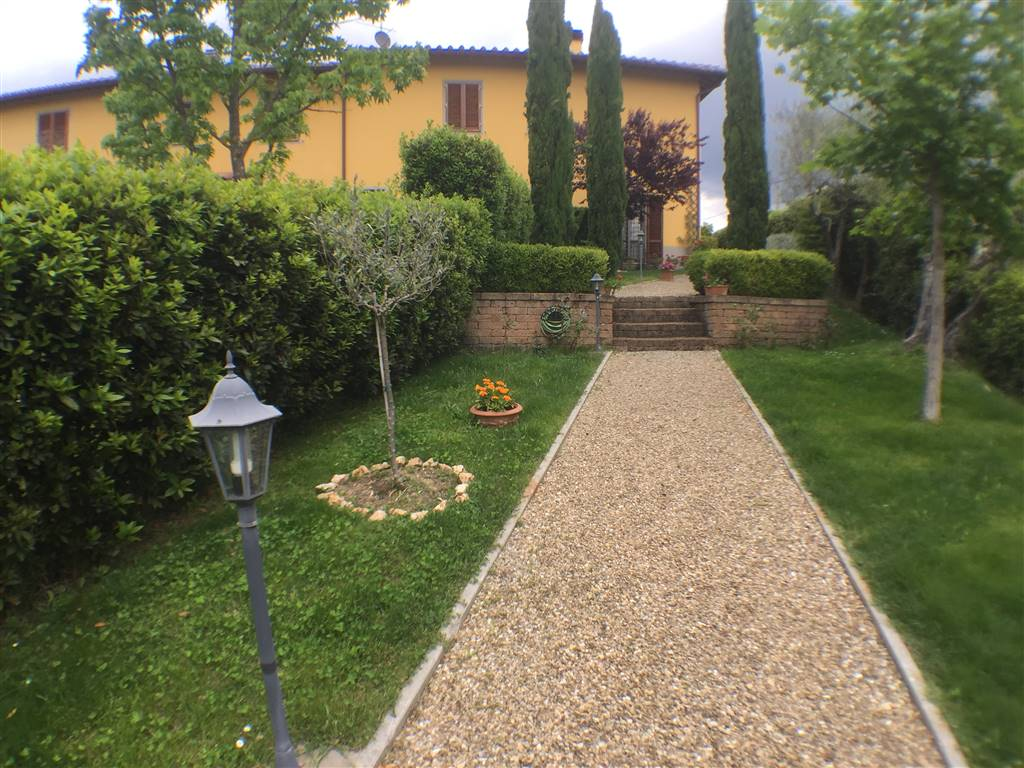 MALMANTILE, LASTRA A SIGNA, Main Farmhouse for sale of 170 Sq. mt., Excellent Condition, Heating Individual heating system, Energetic class: D, Epi: