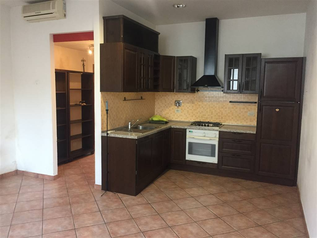 CENTRO, SIGNA, Apartment for rent of 50 Sq. mt., Excellent Condition, Heating Individual heating system, Energetic class: G, Epi: 175 kwh/m2 year,