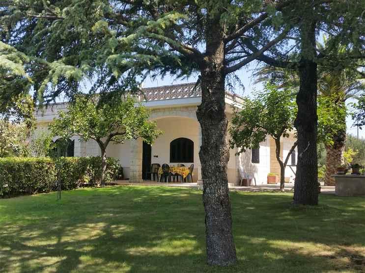 Villa in Contrada Uacella, Locorotondo