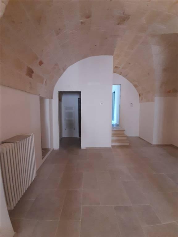 Soluzione Semindipendente in affitto a Monopoli, 3 locali, zona Località: CENTRO, prezzo € 700 | CambioCasa.it