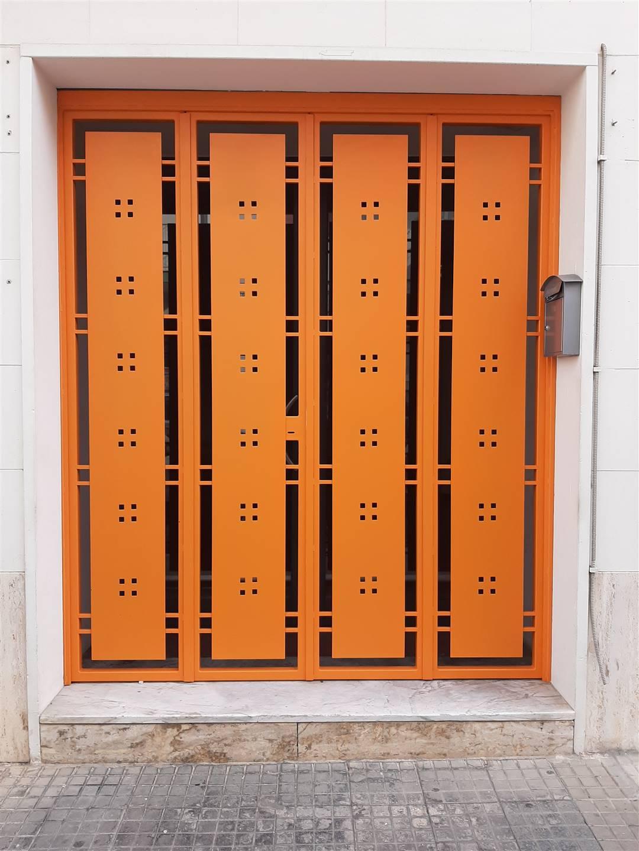 Ufficio / Studio in affitto a Monopoli, 4 locali, prezzo € 800   CambioCasa.it