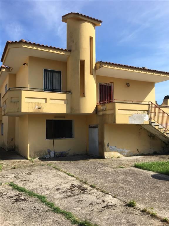 Villa, Castel Volturno, abitabile