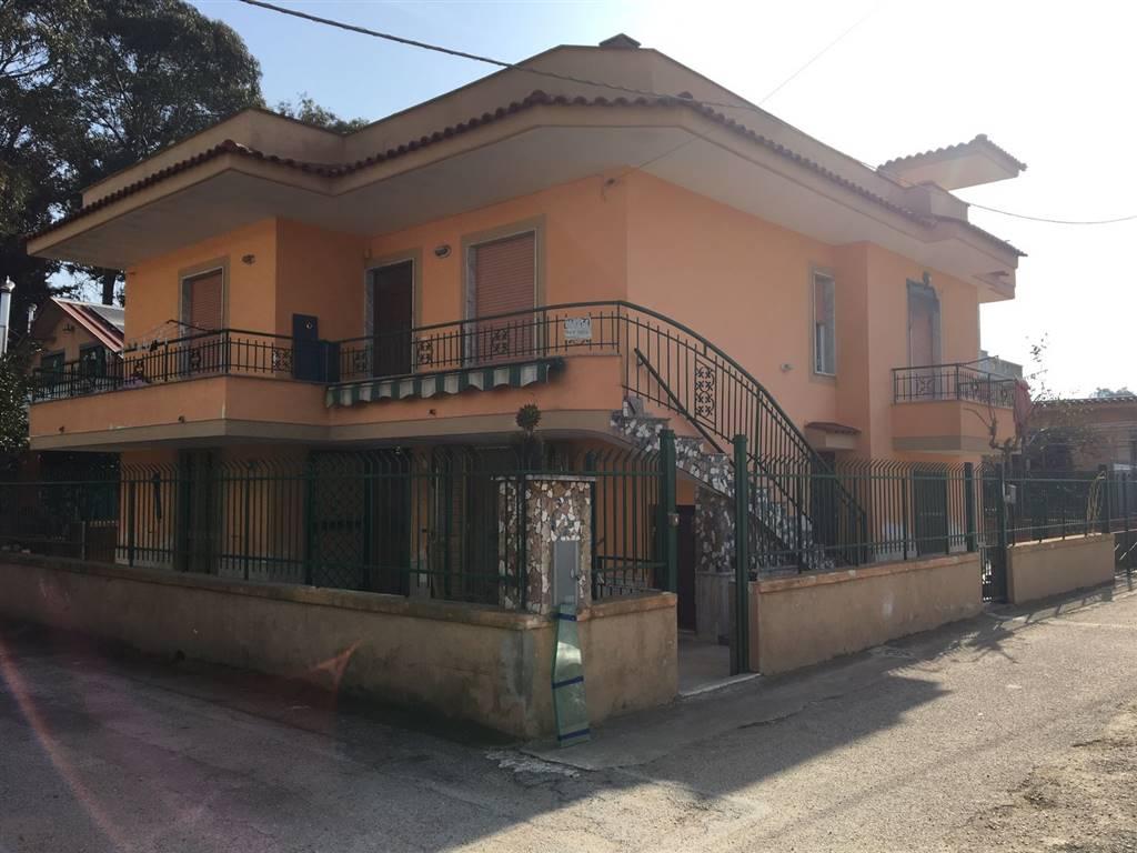 Bifamiliare, Castel Volturno