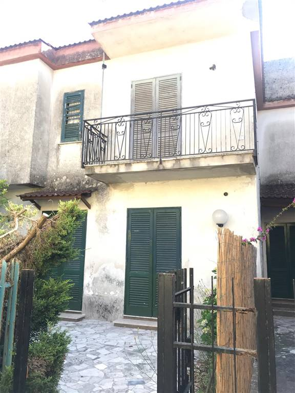 Bifamiliare, Castel Volturno, abitabile