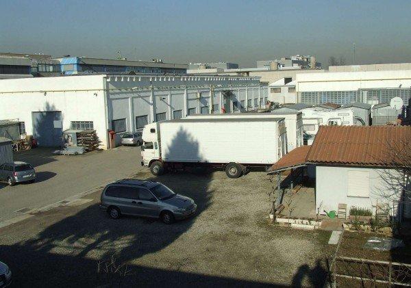Capannone in vendita a Cernusco sul Naviglio, 9999 locali, prezzo € 340.000 | CambioCasa.it