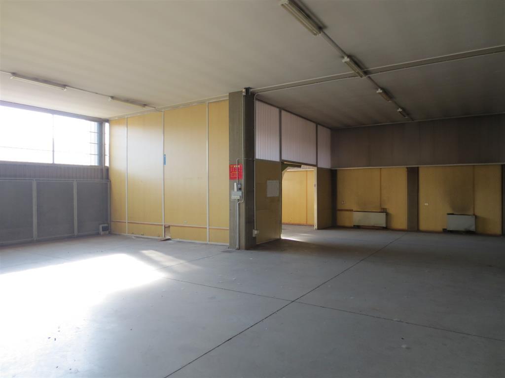 Laboratorio in affitto a Corsico, 9999 locali, prezzo € 4.100   PortaleAgenzieImmobiliari.it
