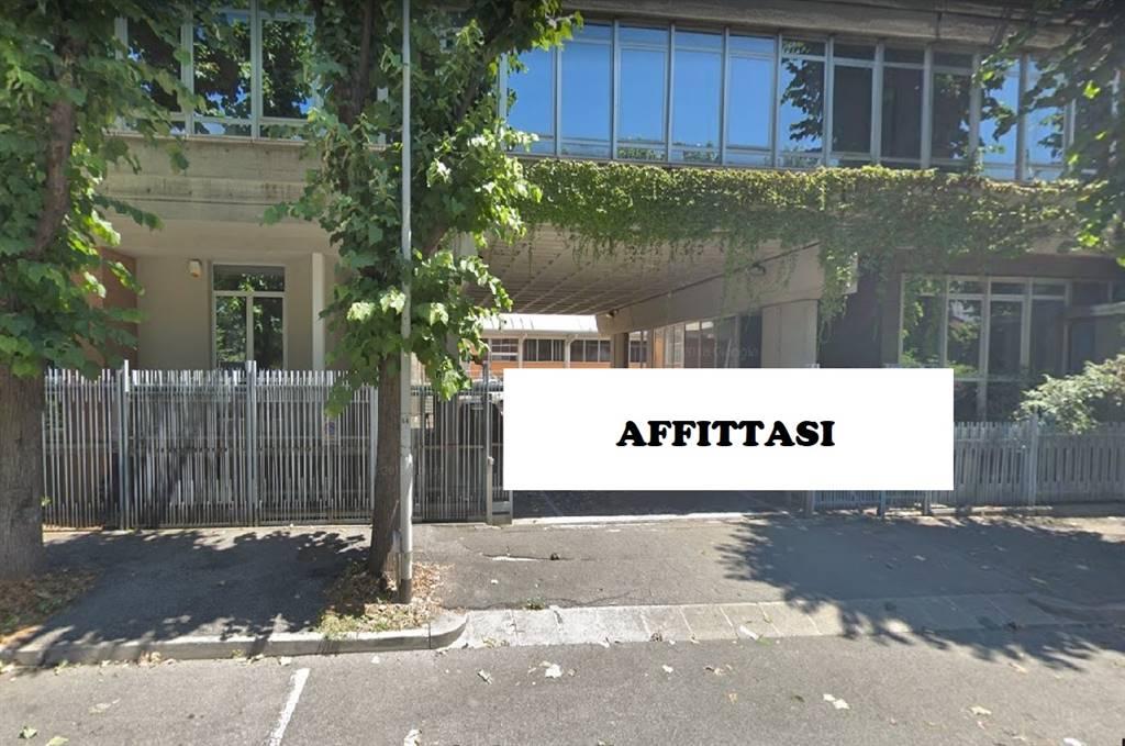 Capannone in affitto a Cologno Monzese, 9999 locali, prezzo € 2.500 | CambioCasa.it