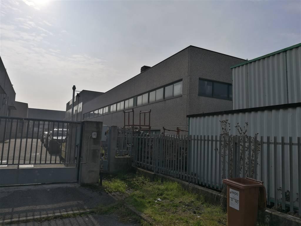 Capannone industriale a BUSSERO