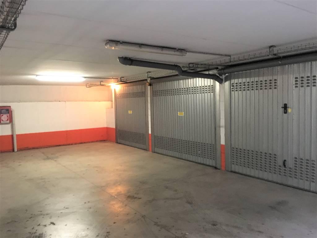 Garage / Posto auto in Via Mezzofanti 10, v Giornate, Xxii Marzo, Porta Romana, Milano