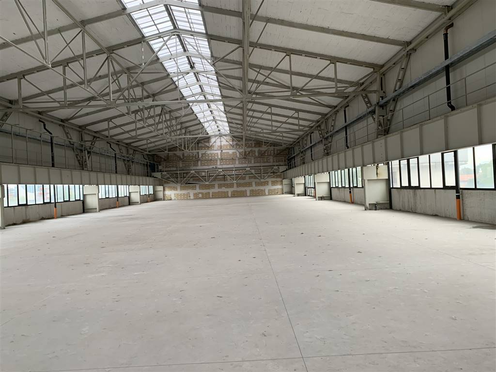 Laboratorio in affitto a Cusano Milanino, 9999 locali, Trattative riservate | CambioCasa.it