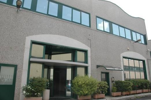 Capannone in affitto a Garbagnate Milanese, 9999 locali, prezzo € 5.500 | PortaleAgenzieImmobiliari.it