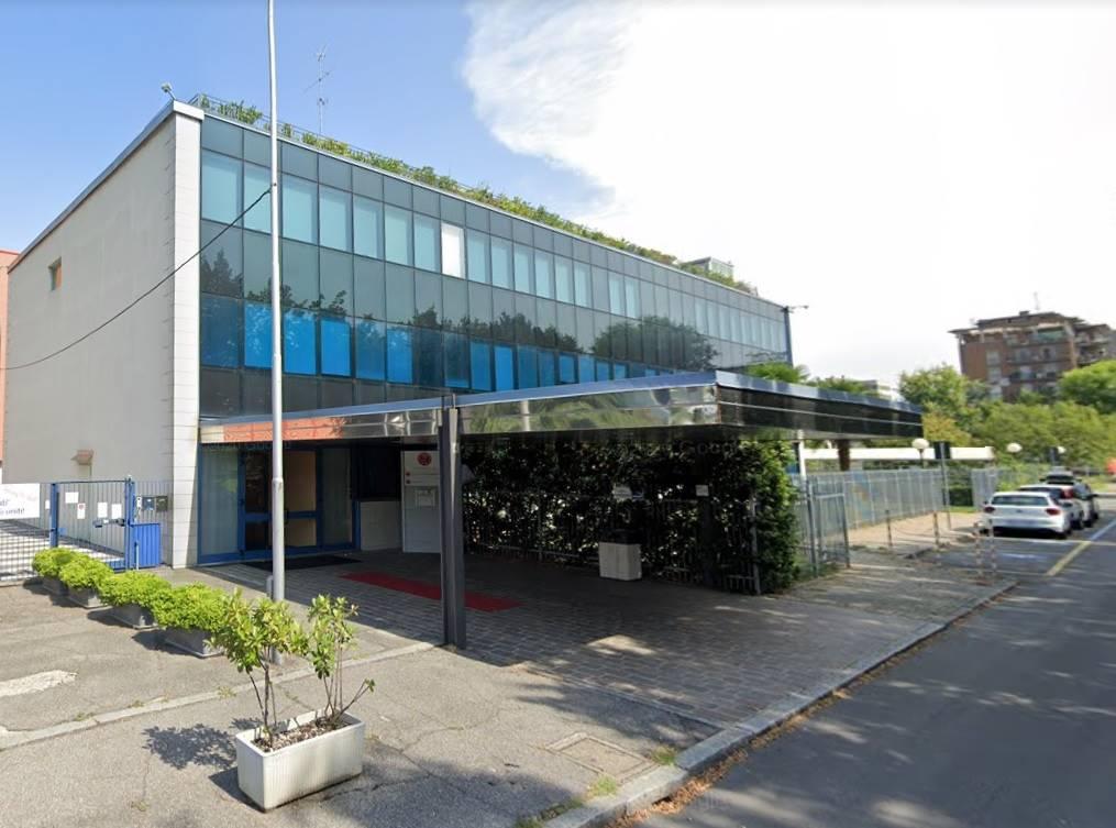Ufficio / Studio in affitto a San Donato Milanese, 5 locali, prezzo € 16.500 | CambioCasa.it