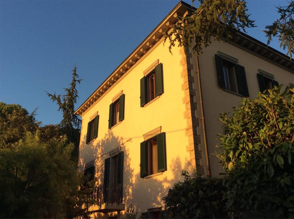 Albergo in vendita a Volterra, 15 locali, prezzo € 1.000.000 | CambioCasa.it
