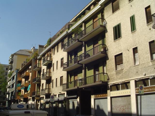 MONTENERO, MILANO, Appartamento in affitto di 68 Mq, Abitabile, Riscaldamento Centralizzato, Classe energetica: G, Epi: 213,22 kwh/m2 anno, posto al