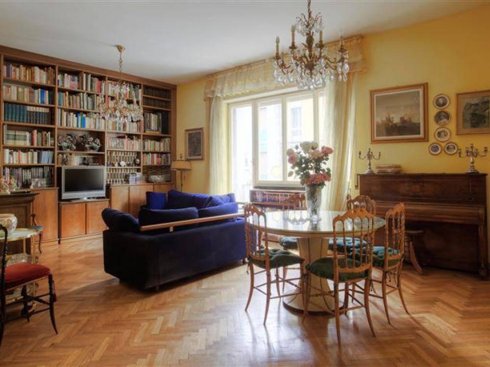 Vendita Appartamento Bocconi/ Corso Italia/ Ticinese MILANO (MI)