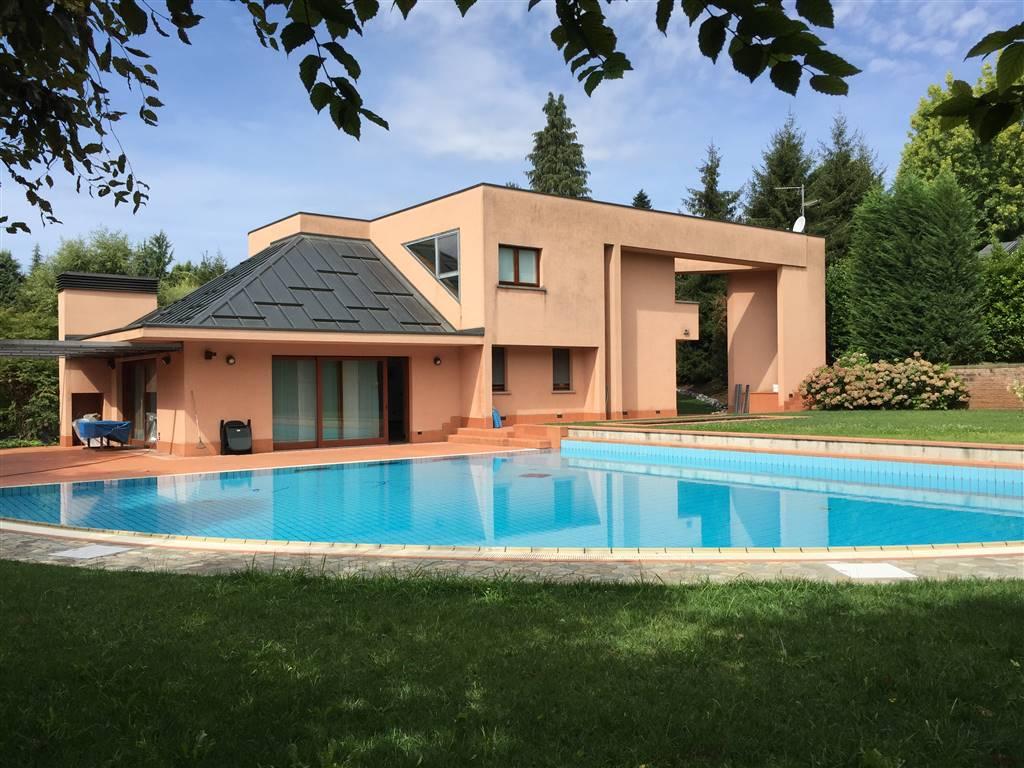 Villa in Via Stoppani 14, Cantu'