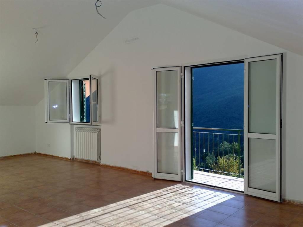 Appartamento in vendita a Testico, 4 locali, zona uolo, prezzo € 155.000 | PortaleAgenzieImmobiliari.it