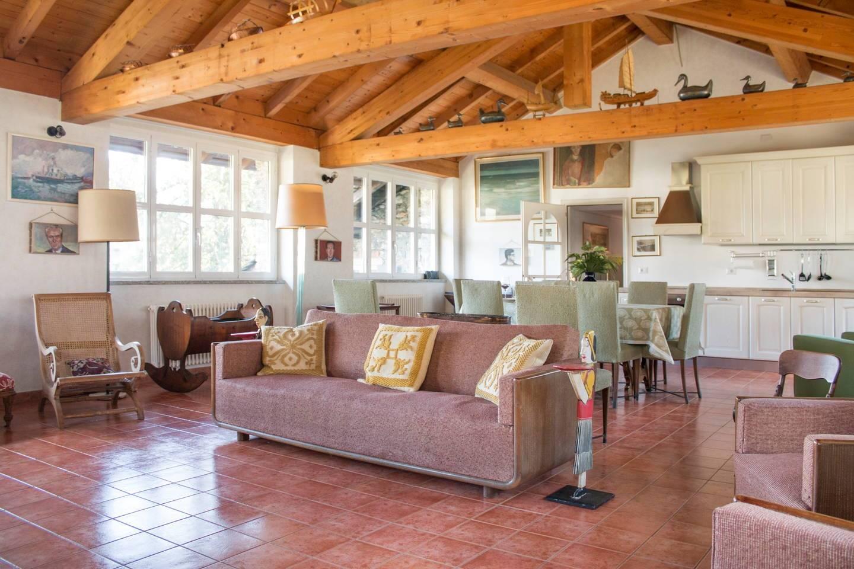 Appartamento in affitto a Dongo, 4 locali, Trattative riservate | PortaleAgenzieImmobiliari.it