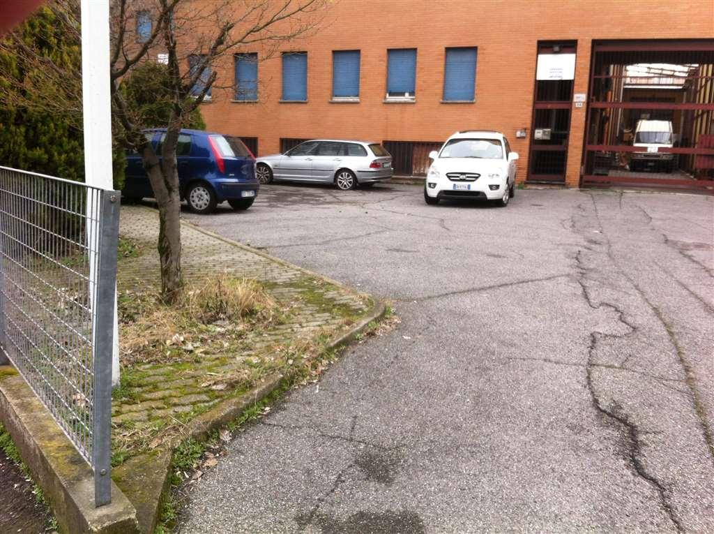 Capannone in vendita a Sesto San Giovanni, 9999 locali, prezzo € 900.000 | CambioCasa.it