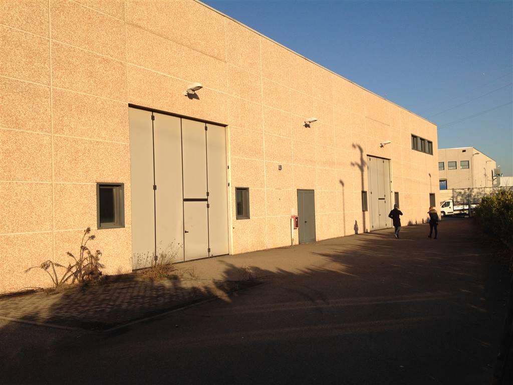 Capannone industriale, Centro Storico, San Gerardo, Libertà, Monza
