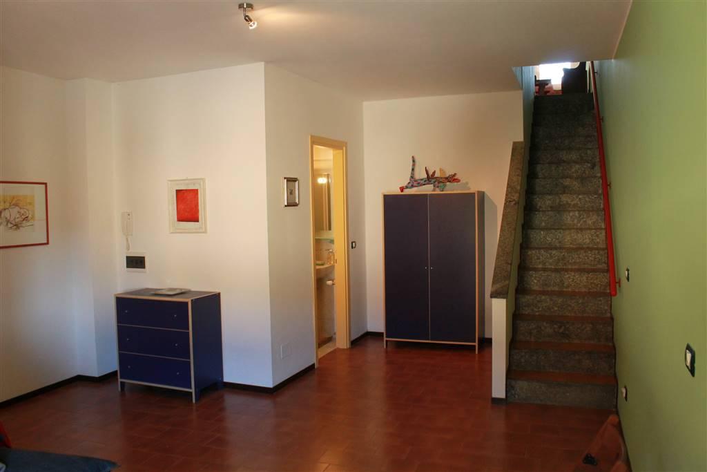 Appartamento a VARENNA