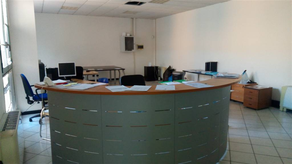 Office in CONCOREZZO 320 Sq. mt. | 10 Rooms