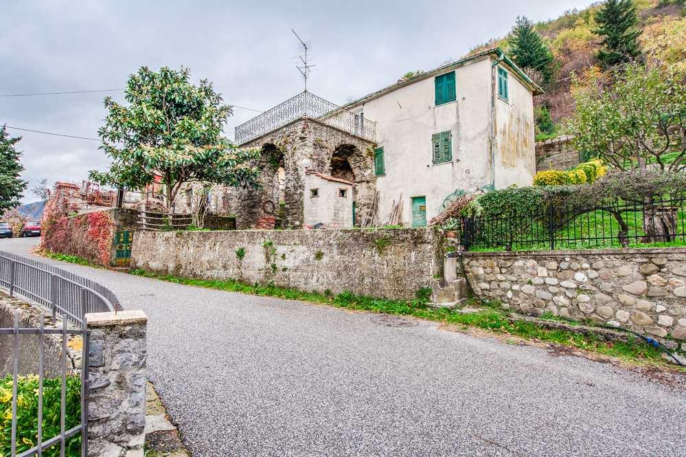 Casa singola, Santa Maria, Calice Al Cornoviglio, da ristrutturare