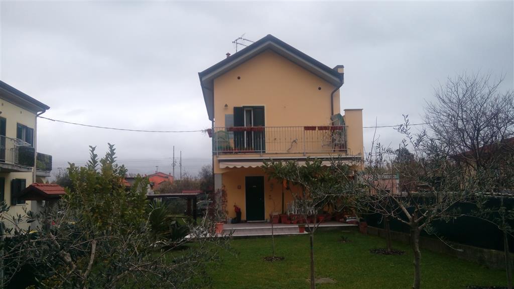 Casa singola in Via Aurelia Nord  290/e, Arcola