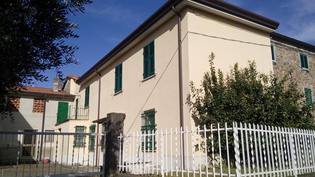Vendita casa semi indipendente colombiera castelnuovo for Magra ai piani di casa