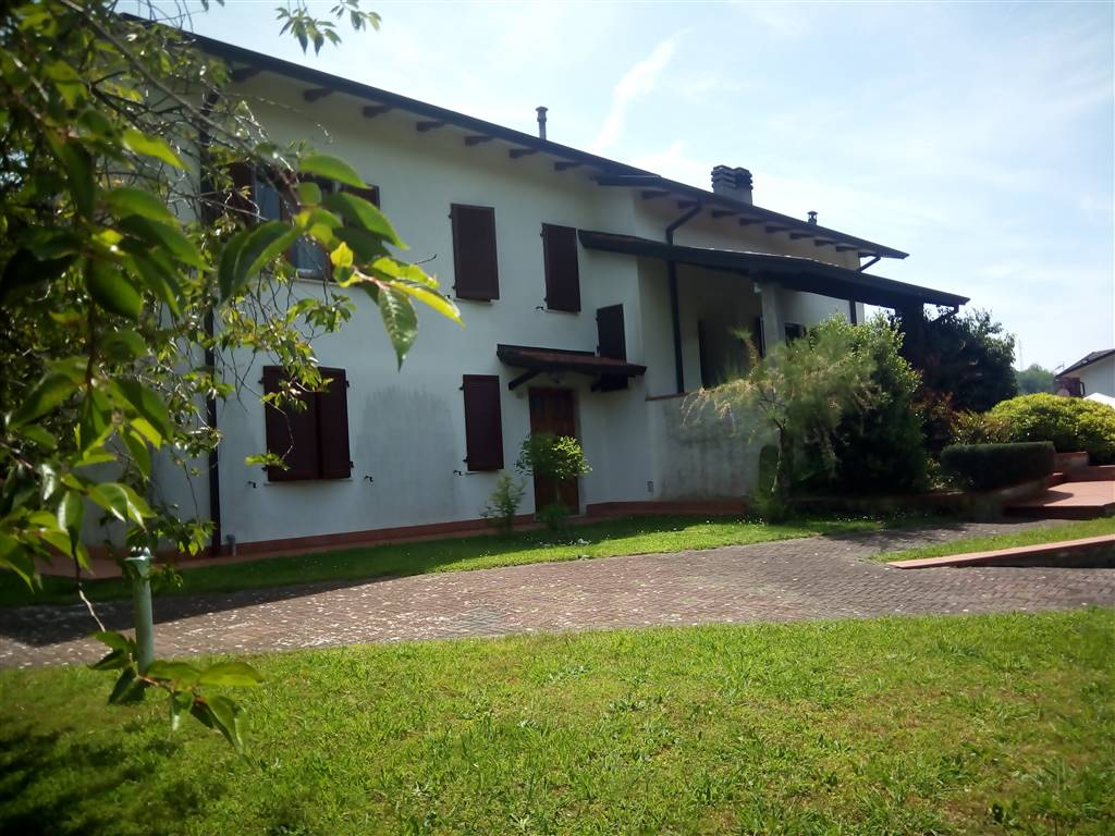 Villa, Annunziata (casano Alto), Ortonovo, in ottime condizioni