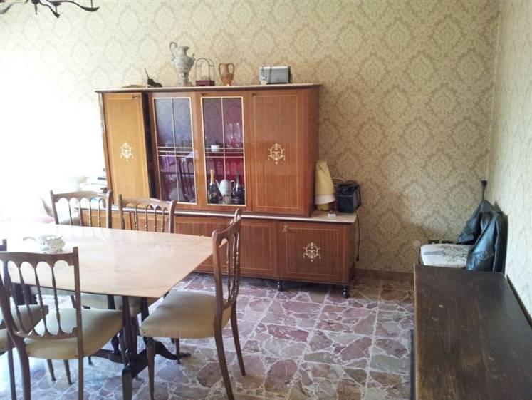 Soluzione Indipendente in vendita a Castelplanio, 6 locali, prezzo € 120.000   CambioCasa.it