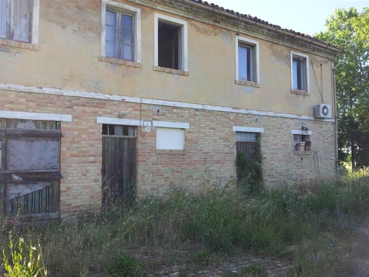 Vendita casa singola piandelmedico jesi rif ri je0903 - B b le finestre sul centro jesi an ...
