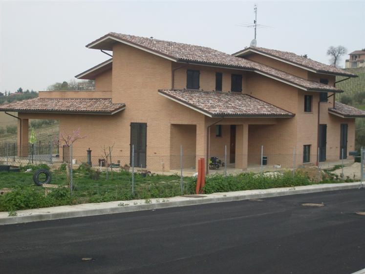 Casa singola, Morro D'alba, in ottime condizioni