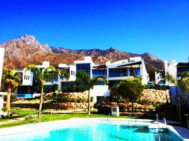 Vendita villa marbella in nuova costruzione piano terra riscaldamento a pavimento rif ri - Immobiliare marbella ...