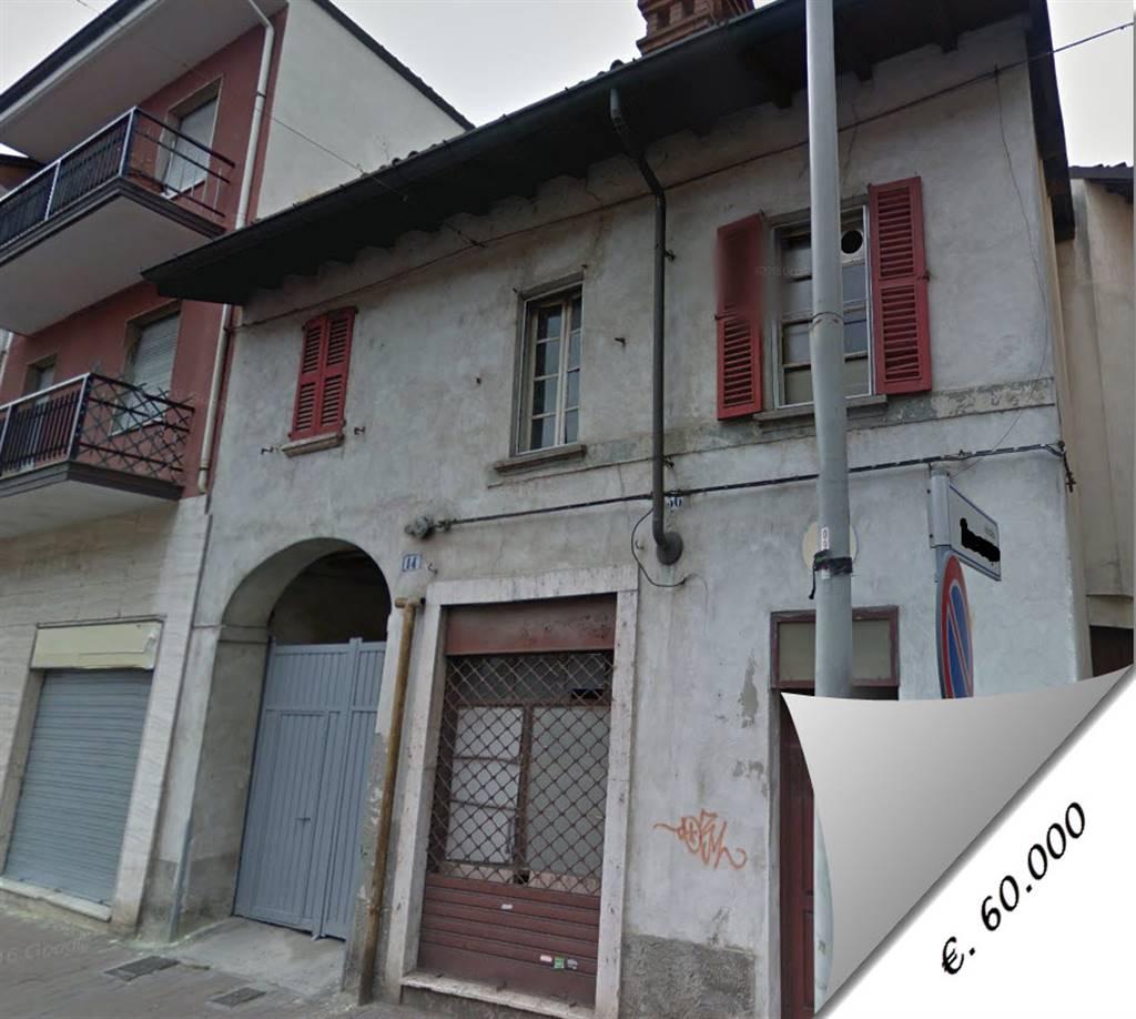 Casa semi indipendente, Vigevano, da ristrutturare