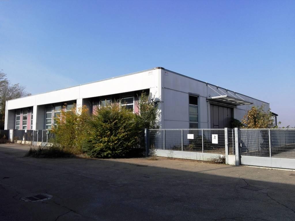 Vai alla scheda: Capannone Industriale Vendita - Vigevano (PV) - Codice -21 - SALONE