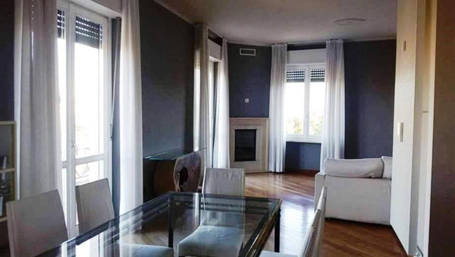 Vai alla scheda: Appartamento Vendita - Vigevano (PV) - Codice -20 - ATTICO VIGEVANO